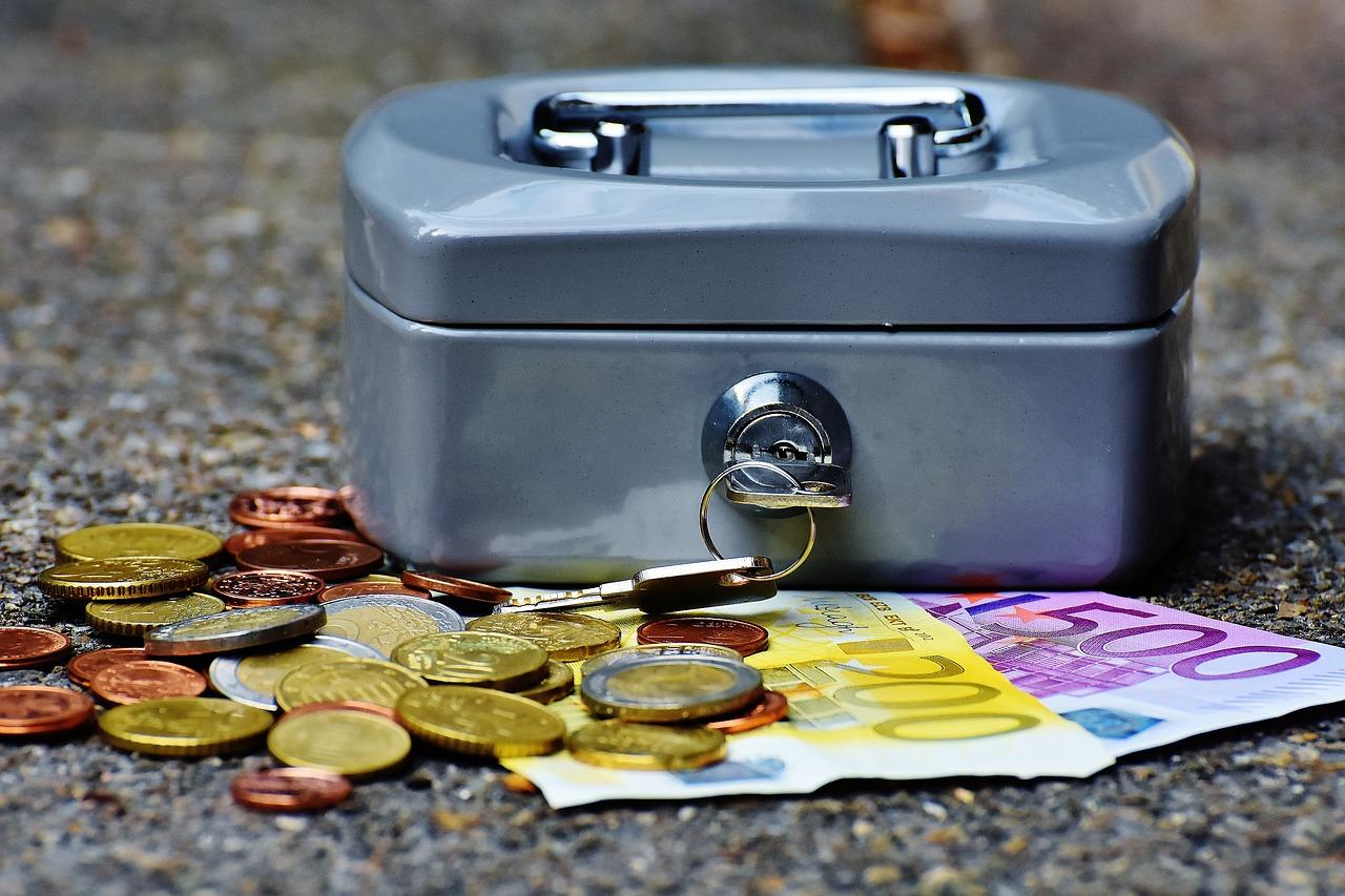 Declaran la nulidad de la comisión de apertura incluida en dos hipotecas