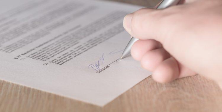 ¿Quién paga los gastos de formalización de la hipoteca? ¿Y el IAJD?