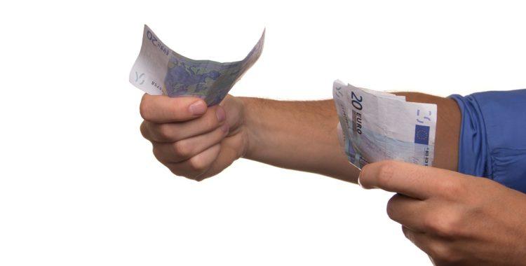 El raspador de monedas. Los préstamos