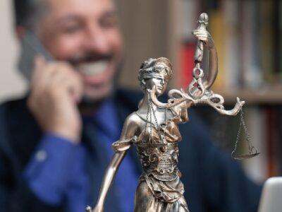 La confianza en la Justicia, pendiente de un hilo...